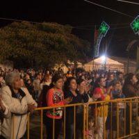 Público aplaude forte Léo e Leandro