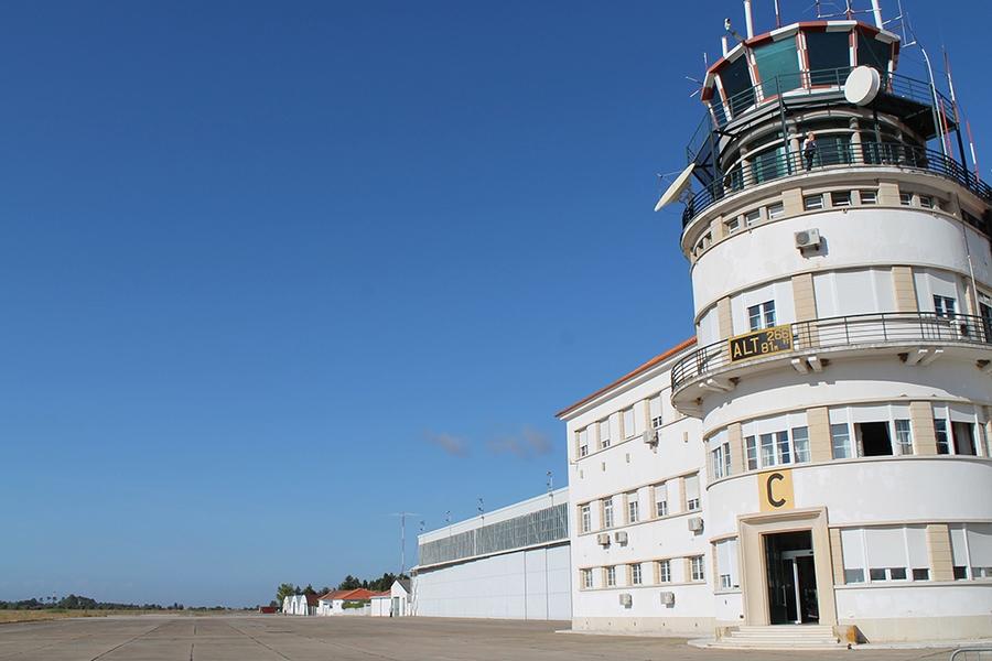 Posição pública a favor da reabertura da Base Aérea Nº3