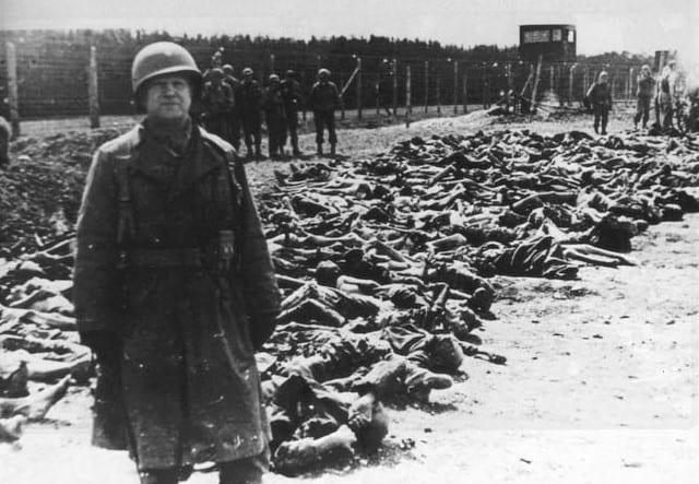 Ainda as sombras de Auschwitz, por Joaquim Vitorino