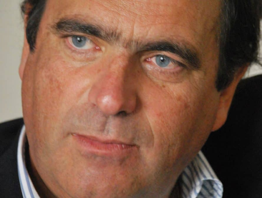 Faleceu um Amigo, Carlos Morais
